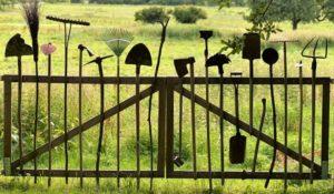 Akku-Gartenwerkzeuge für Frühjahr und Arbeit im Garten