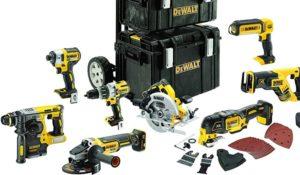 Verschiedene Akku-Werkzeug-Sets von DeWalt